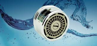Водосберегающая насадка с функцией регулировки потока
